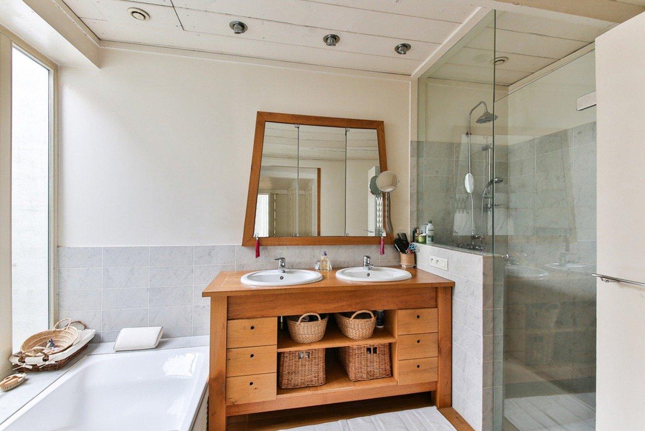 Upotreba ogledala i stakla u uređenju doma