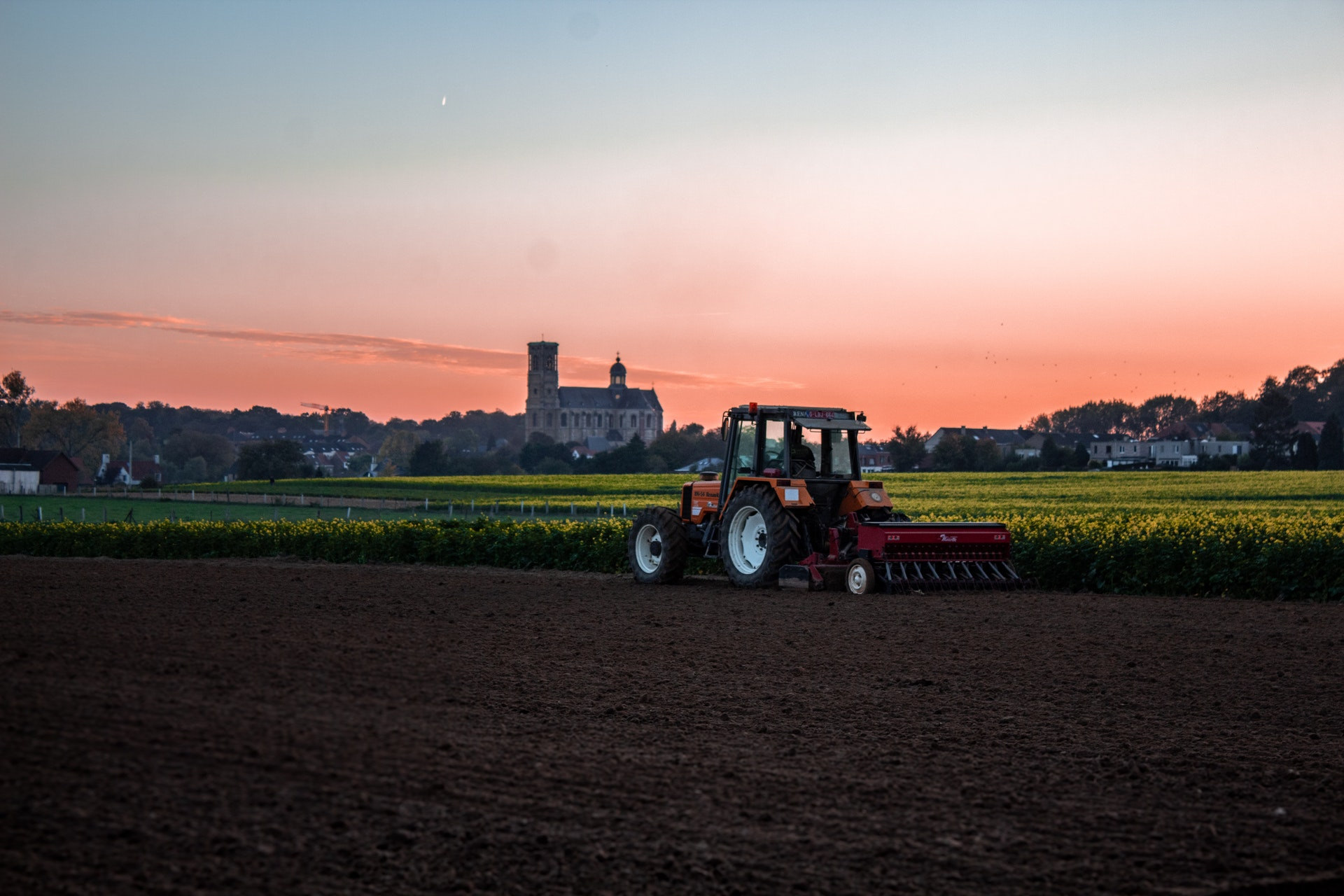 Priprema zemljišta za setvu pšenice